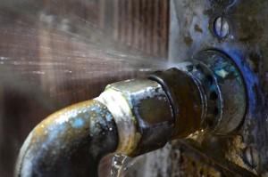 pipe leak-pipe burst